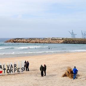 Surfistas querem travar extensão do molhe leste do Porto deSines