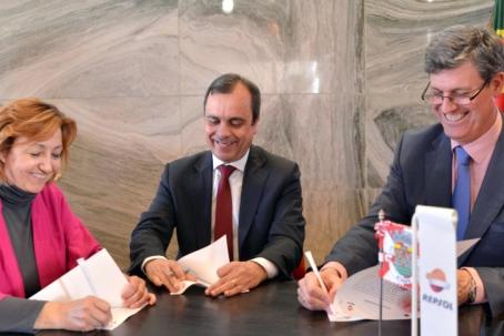 A empresa petroquímica aumentou em 10 por cento o apoio às colectividades e alterou o período de assinatura dos protocolos com a autarquia de Sines  |Foto: CMS|