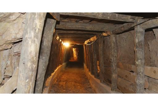 Ministro da Economia inaugurou uma nova galeria subterrânea requalificada que agora é possível a todos visitar |Foto: CMG|