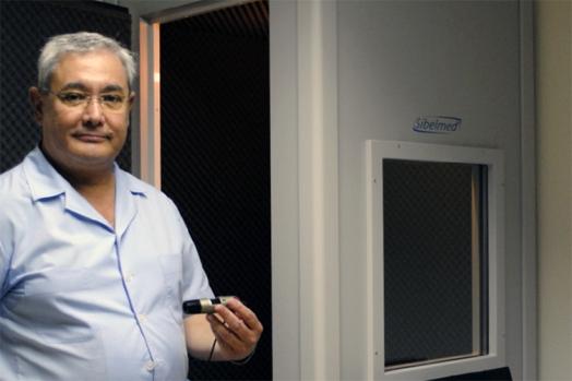 O Centro Óptico de Santo André passou a fazer rastreios auditivos há seis meses, oferecendo o serviço gratuitamente à comunidade