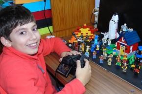 Brincando & Aprendendo: Jovem de Santo André cria vídeos comLegos