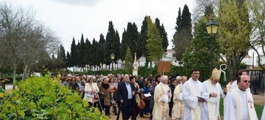 A peregrinação teve início no Seminário com uma celebração na capela |Foto: Mário Afonso|