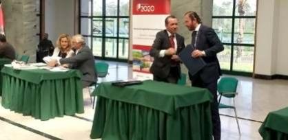 As cinco autarquias assinaram com o Governo os contratos no âmbito do Plano Estratégico de Desenvolvimento Urbano |Foto: CMSC|
