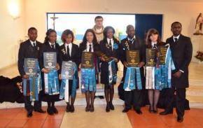 Jovens finalistas com esperança nofuturo