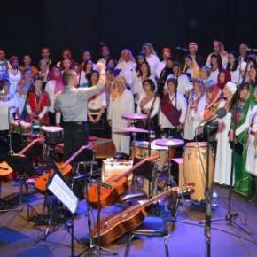Missa Étnica pela Paz esgota auditório em SantoAndré