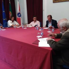 Câmara de Santiago do Cacém aumenta apoio financeiro para ajudarBombeiros