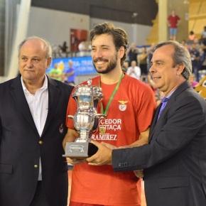 Benfica vence CAB Madeira no Pavilhão Multiusos deSines