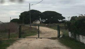 Encerramento de caminho público revolta moradores em Foros daQuinta