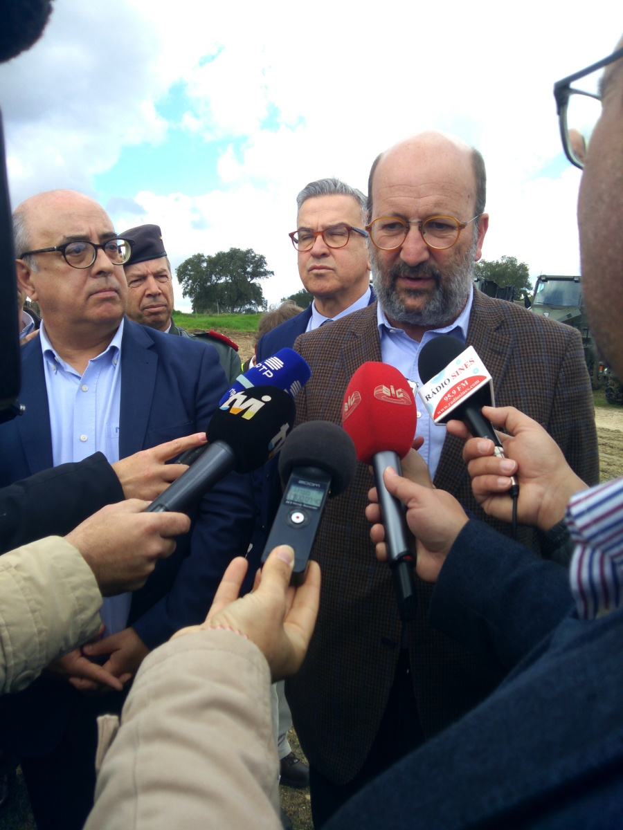 Governo suspende remoção de lamas na Barragem do Pego do Altar