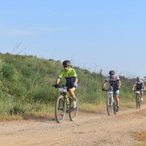 Três mil aventureiros pedalaram de Alvalade a PortoCovo
