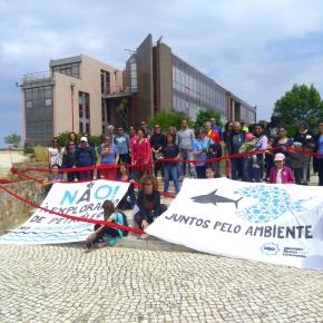 Meia centena diz não à prospeção de petróleo na costaalentejana