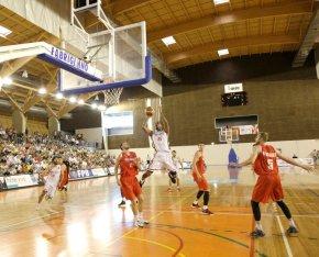 Seleção de basquetebol regressa aSines