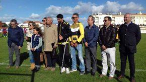 João Nunes foi homenageado pela dedicação ao futebol emSines
