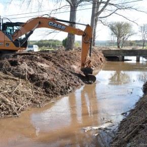 Concluídos trabalhos de limpeza da ribeira deBrescos