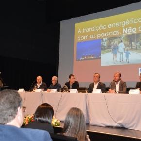 Fórum Social debate futuro dos trabalhadores da Central Termoeléctrica deSines