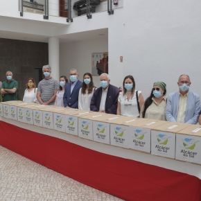 Município de Alcácer do Sal ofereceu 10 mil máscaras cirúrgicas a doze instituições doConcelho