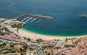 Praia Vasco da Gama não vai hastear Bandeira Azul daEuropa