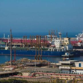 Porto de Sines cresce no 1.º semestre mais de 23% nos segmentos decarga